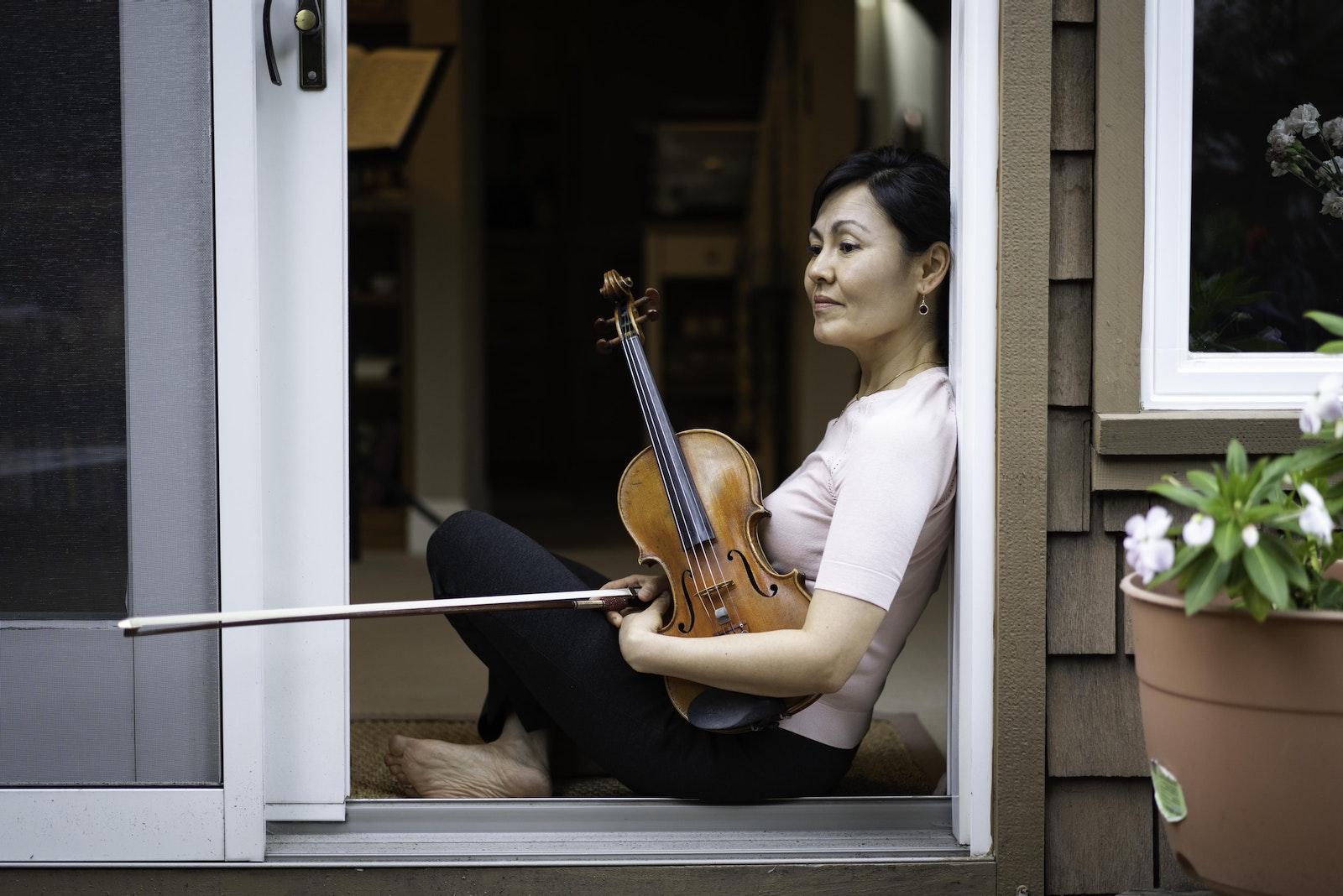 Raushan Akhmedyarova, violin